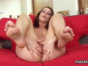 Foxy czech girl opens up her spread snatch to the strange