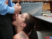 Teen thief Bobbi Dylan got pounded by an officer