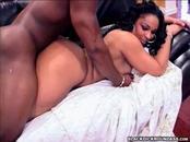 Sizzling Gal With Big Ass  Screwed By Ebony Stiff Cock